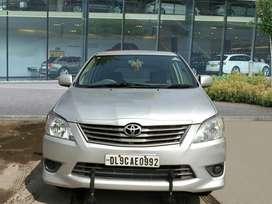 Toyota Innova 2.5 GX 7 STR, 2012, Diesel