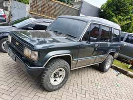 Trooper 2.3 Bensin 4x4 Manual 1994 Hijau