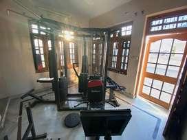 4-5 Exercise machine combo