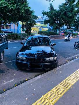 Dijual !!! BMW e 46 Tahun 2004