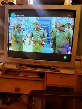 Hyundai TV  .best conditions arjunt sale only 1500rs