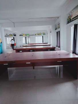 IT office, 30 work stations   marine drive   Ernakulam  Kochi  Kerala