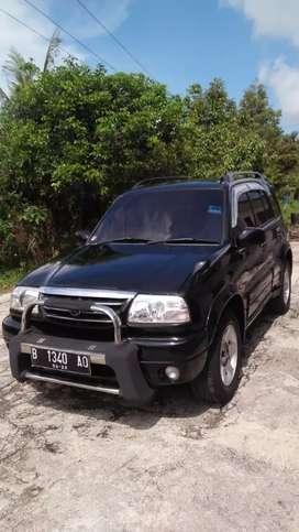 Dijual Suzuki escudo matic th 2003