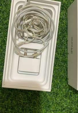 iPhone 10 64 silver mint condition all accessories available