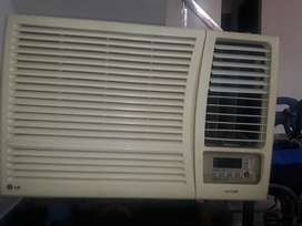 L G 1.5 ton window AC 6 years old with high quality voltage stepliger