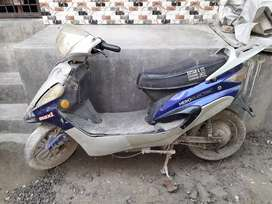 Electric Scooty , Original Price 40,000 Rs