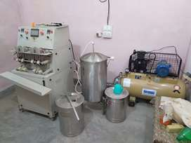 Full setup for juice making and packing machine 4 nozel. Automatic.