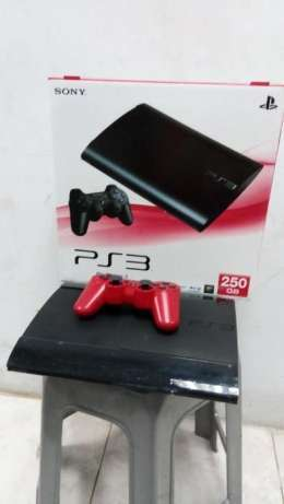 Playstation3 Super Slim 250 GB +Stik OP 2 Buah + Kabel HDMI + Garansi