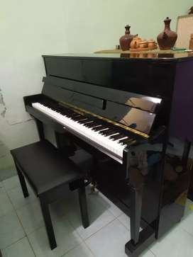 Piano KINGSBURG Classic