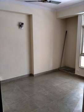 2 bhk flat available for rent in gh 7 crossing republick ghaziabad