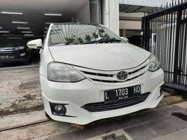 Toyota Etios 1.2 G Manual ( 2013 )