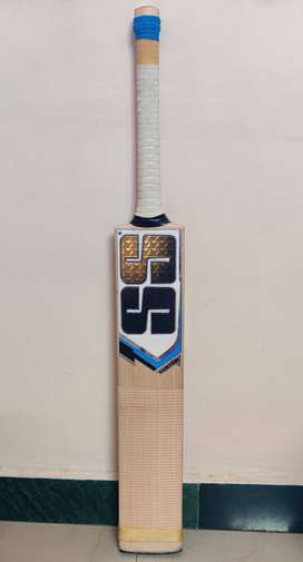 SS TON CUSTOM ENGLISH WILLOW CRICKET BAT SH SIZE WITH PROTECTIVE COVER
