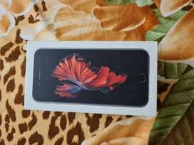 Apple iPhone 6s Space Grey With Complete Box.
