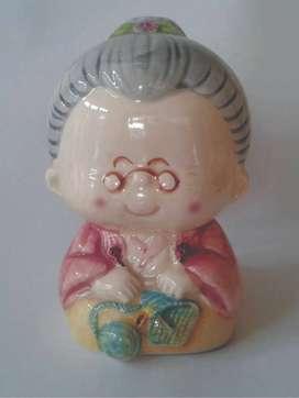 Celengan Keramik OMA cantik