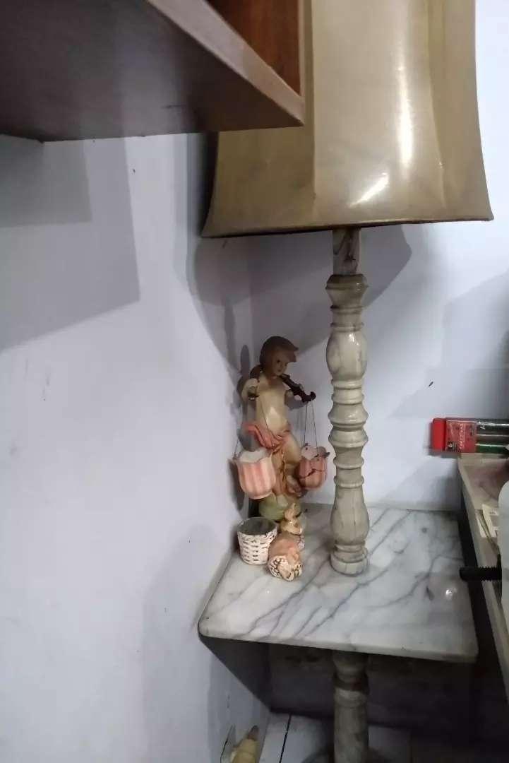 Lampu meja marmer antik 0