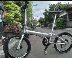 Sepeda lipat Fnhon blast