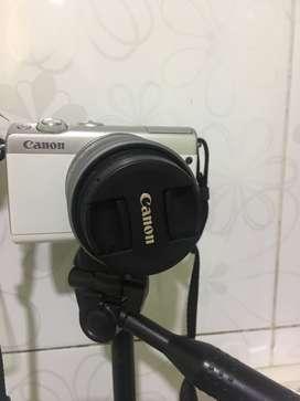 Camera mirrorless Canon EOS M100