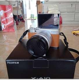 Kamera Mirrorless Fujifilm XA10 Fullset Like New
