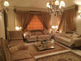 Defence 500yd full Furnished bunglow 5 bed room basment Rent 3 Lac