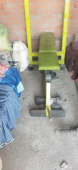 Brand new bench ek bhi bar use nhi ki h