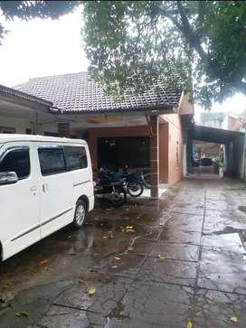 Rumah Kost Hitung Tanah Super Strategis Surabaya