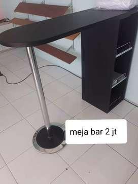 Meja bar warna hitam