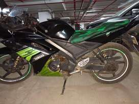 R15 v1 fully serviced just take and ride minor sctraches on the body