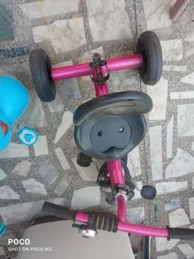 Two kids cycle ₹1500