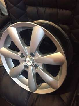 15' Genuine toyota alloy rims 4*100 pcd