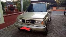 Dijual mobil suzuki escudo
