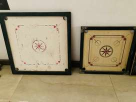 Carrom board 2 pc well maintained