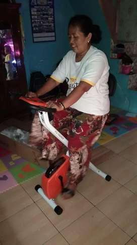 Tl 920 bisa lipat sepeda sandaran