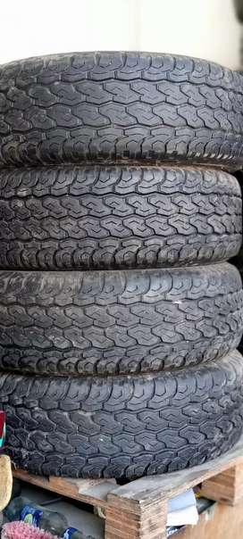 4x4 Tyre size 255/70/R15 Dunlop Just Like Brand New Condition