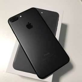 good offers on apple i phone top models available with bill box .