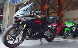 Honda CBR 250 RR abs  2016 km 11rb cash/kredit