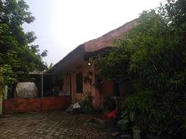 Dijual Bangunan Hitung Tanah Di Pinggir Jalan Raya Citayam