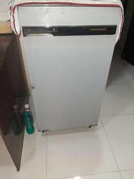 Kevlinator fridge 165ltr