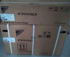 Daikin 1 Ton 3 Star ETKL Series ETKL35TV16X Inverter Split AC