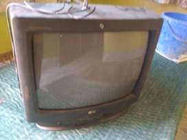 Old tv ,works good with effective price