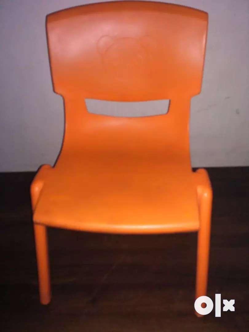 Pre school chair 0