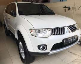 Mitsubishi Pajero Exceed DID AT thn 2012 Putih Metalik (TT Dakar crv)