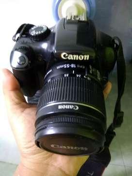 Loh bisa negoo kamera DSLR Canon EOS 1100D dengan HD Video