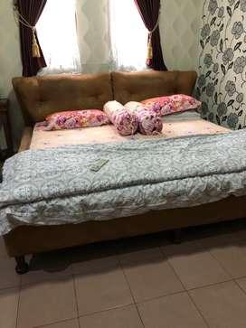 Tempat tidur latex florence  full set 2x2../termasuk dipan