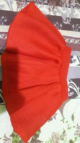 Celana rok jaring merah