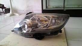 Toyota Fortuner Lampu Depan
