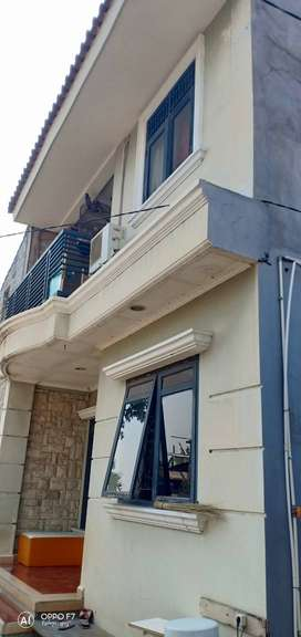 Rumah kampung 2 lantai beba banjir dijual cepat, murah, CASH ONLY