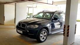 Well maintained Top end BMW X5 for sale