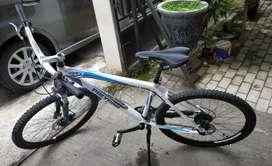 Sepeda Gunung Polygon Prime 4 Bekas Istimewa
