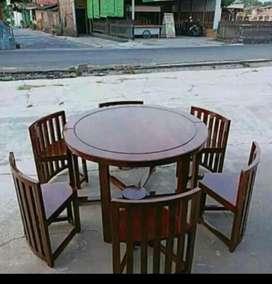 Meja makan best seller-putih