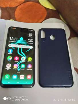In Very good condition you get bill, box, mobile cover